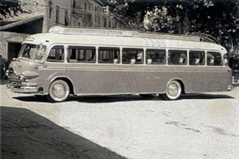 Autocar antiguo